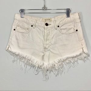 We The Free | White Distressed Cut Off Shorts